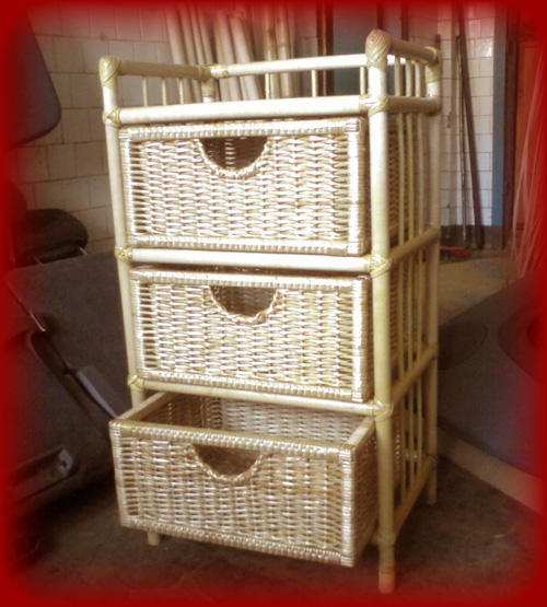Этажерка плетеная с ящиками